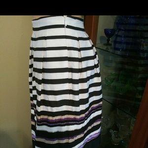 White House BlackMarket Satin ribbon Skirt pleated